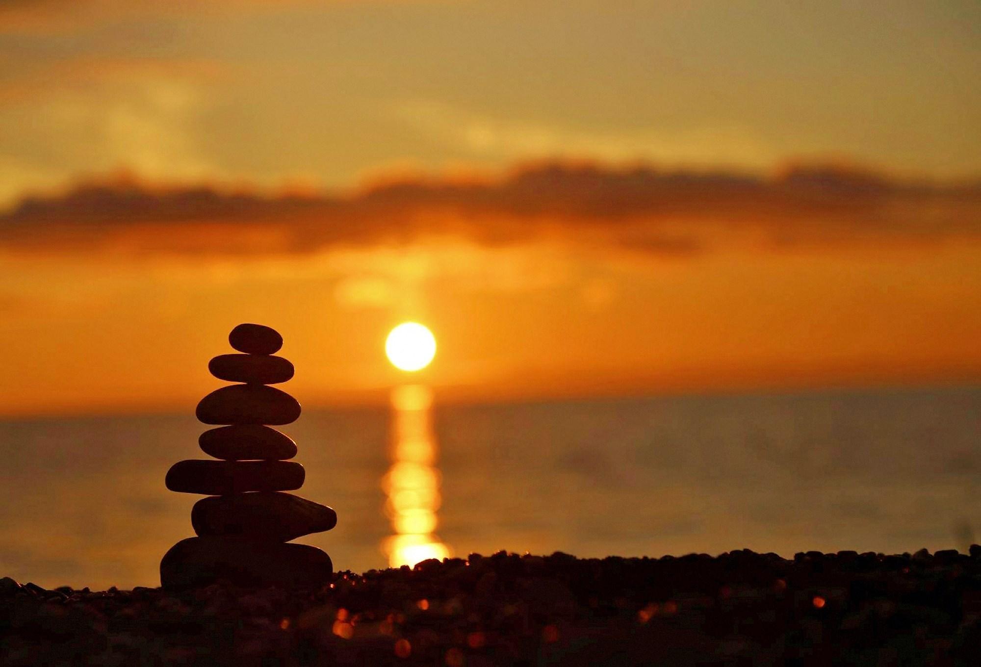 00 Vadim Barzilovich. Romantic Sunset in the Crimea. 2015