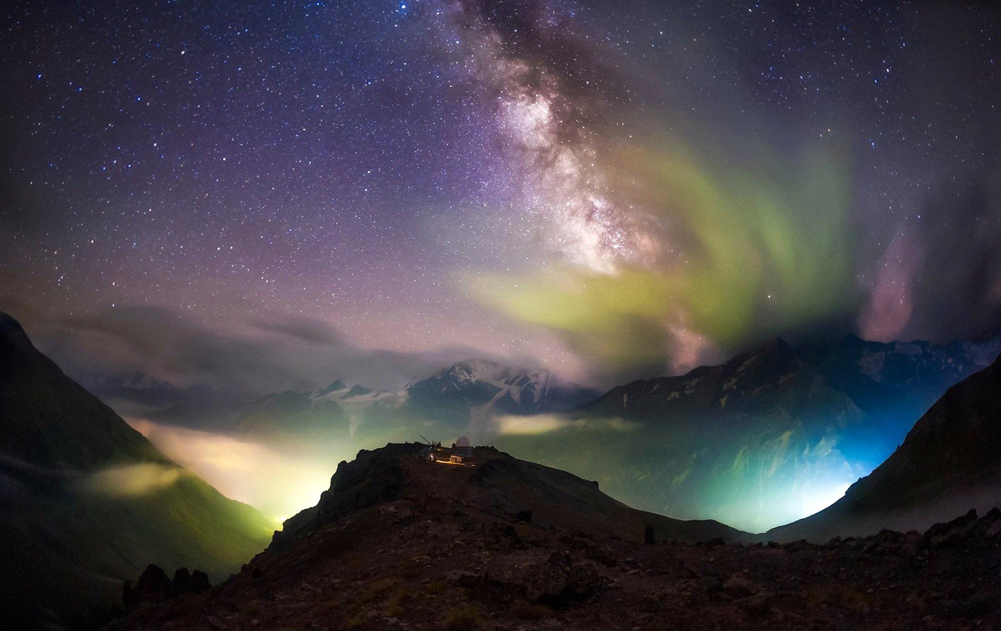 00 Yevgeni Trisko. Peak Terskol Observatory in Kabardino-Balkaria (Russia). 2015